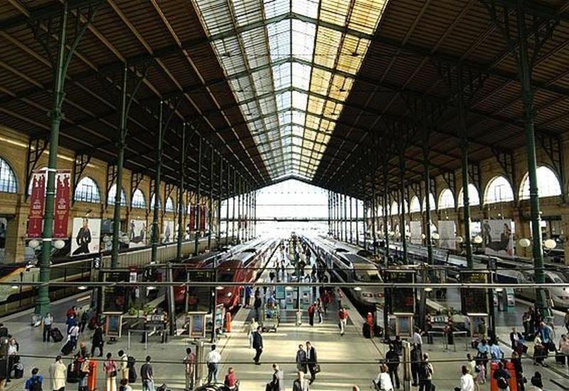 Во Франции призвали железнодорожников прервать протесты в праздники