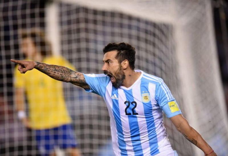 Аргентинский форвард Эсекьель Лавесси объявил о завершении карьеры