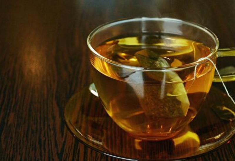 Диетолог развенчала миф о пользе горячего чая при простуде