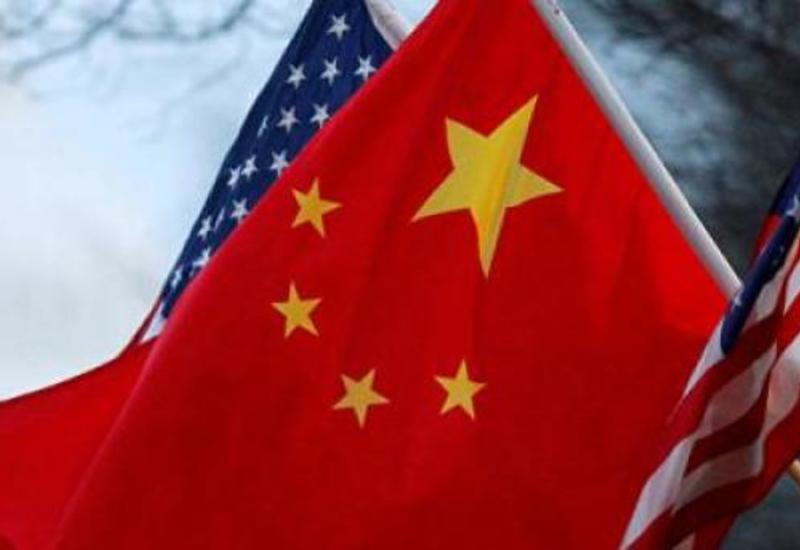 Двух китайских дипломатов тайно выслали из США
