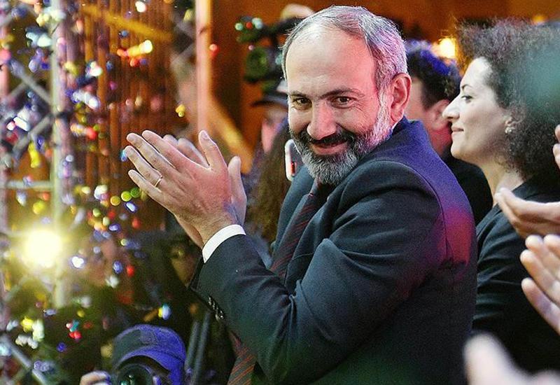 В Армении решили создать лучшую новогоднюю песню в мире