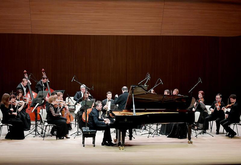 В Центре Гейдара Алиева состоялся концерт Московского камерного оркестра Musica Viva