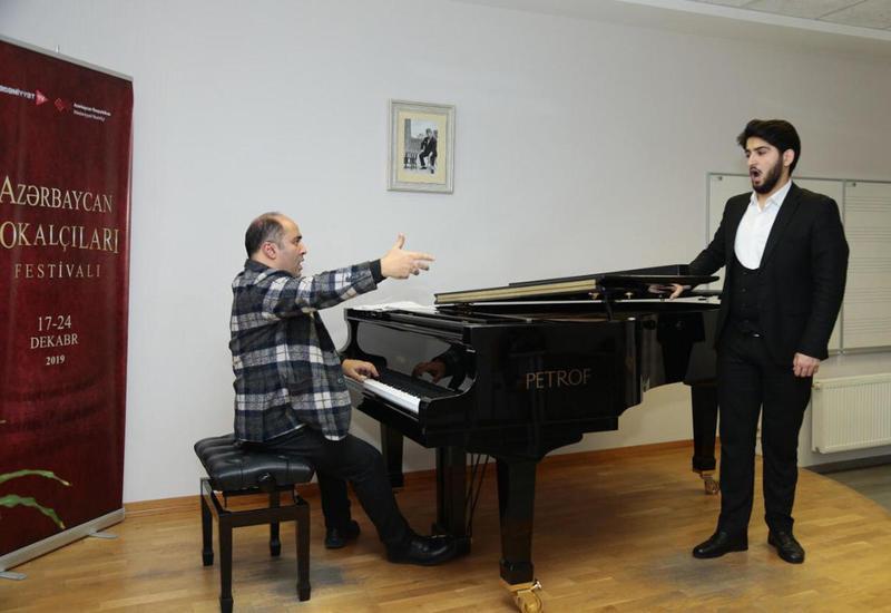 Известные азербайджанские артисты делятся опытом с молодежью