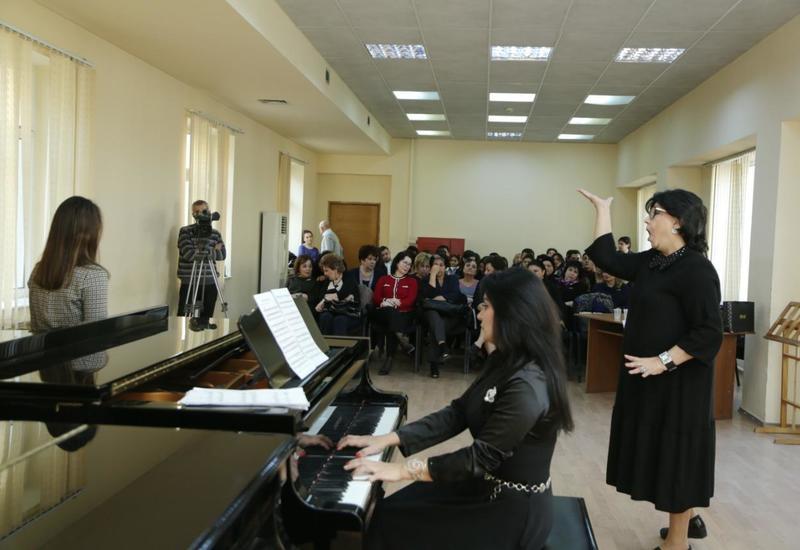 Народная артистка СССР провела мастер-класс для азербайджанской молодежи