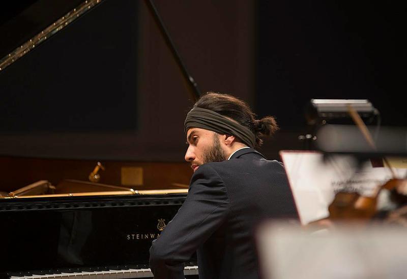 Риад Маммадов презентовал в Москве уникальный музыкальный проект