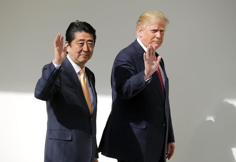 Трамп обсудил с премьером Японии торговлю, Иран и КНДР