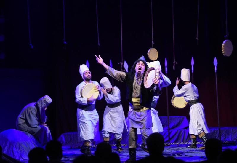 Иреванский театр отправится на гастроли по регионам Азербайджана