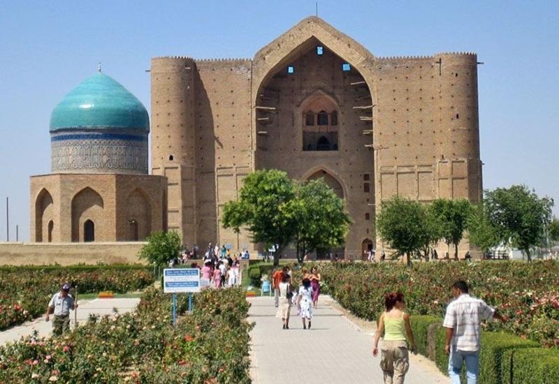 В Баку презентованы туристические возможности казахстанского города Туркестан