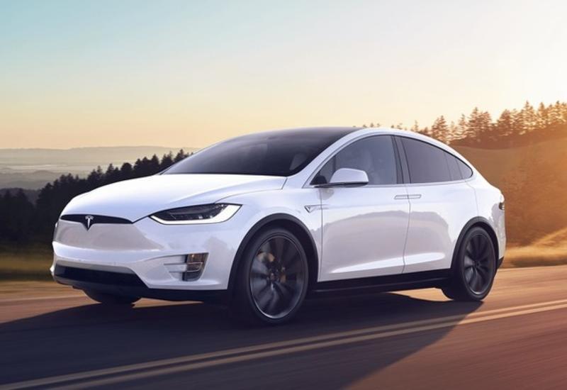 """Электрокары Tesla обзавелись """"режимом для кемпинга"""""""