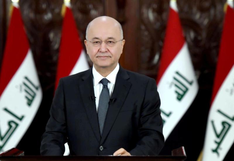 Президент Ирака дал парламенту два дня для ответа на его прошение об отставке