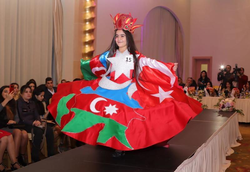В Баку прошел вечер детской моды