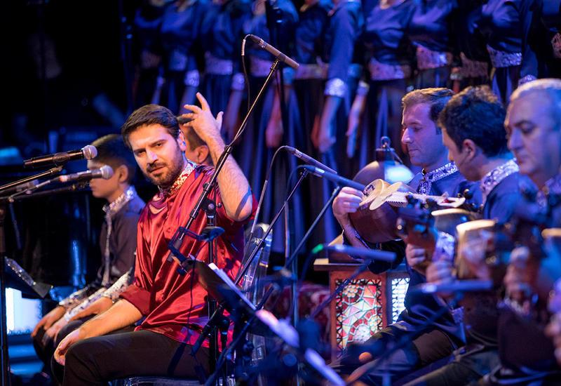 Потрясающее поздравление всемирно известного певца азербайджанцам всего мира