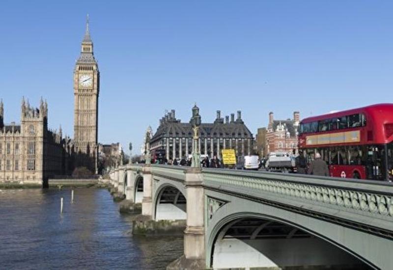 МИД Британии советует гражданам не ездить в Ирак и Иран