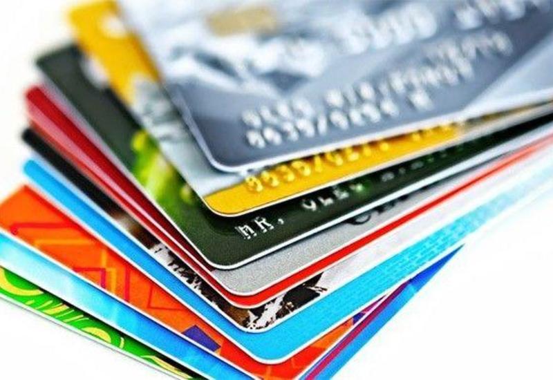 В Азербайджане число дебетовых карт выросло более чем на 20%