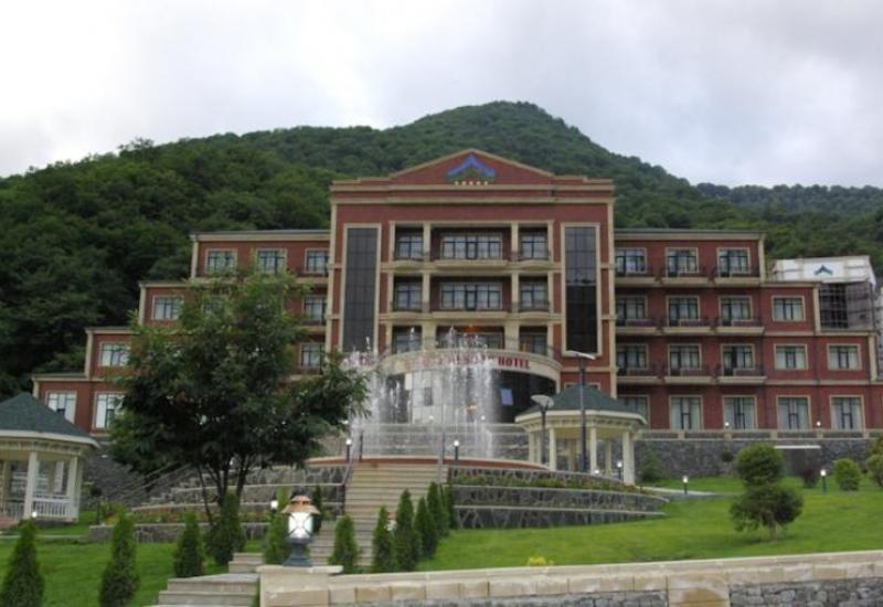 Знаменитый азербайджанский отель временно закрывается на ремонт (R)