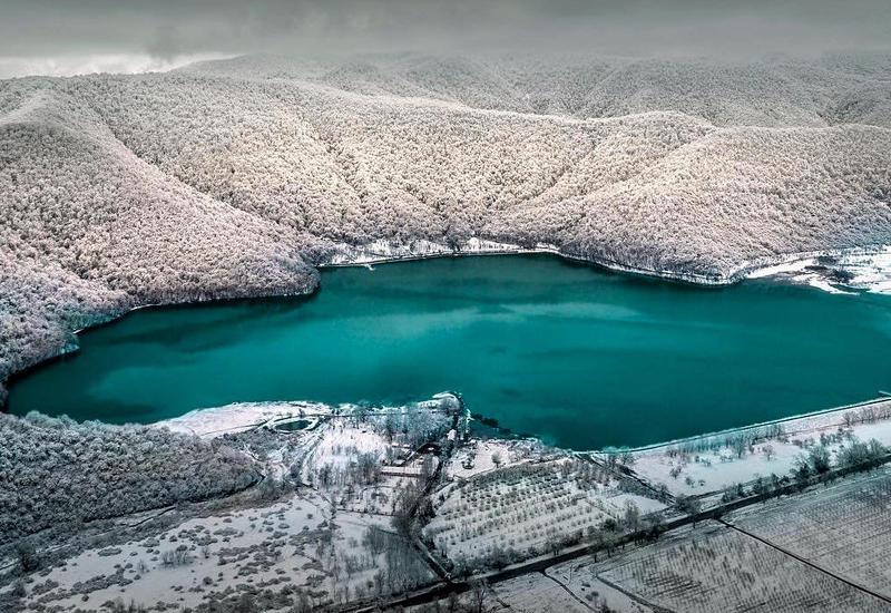 Тысячи туристов посетили Азербайджан в новогодние праздники