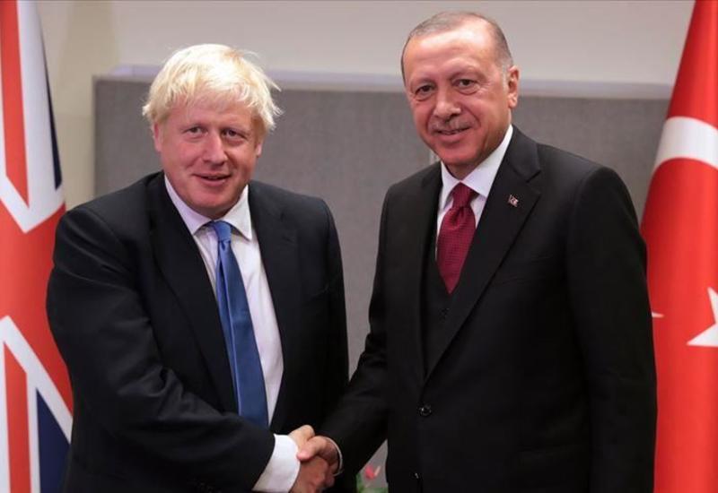 Эрдоган обсудил с Джонсоном напряженность между США и Ираном