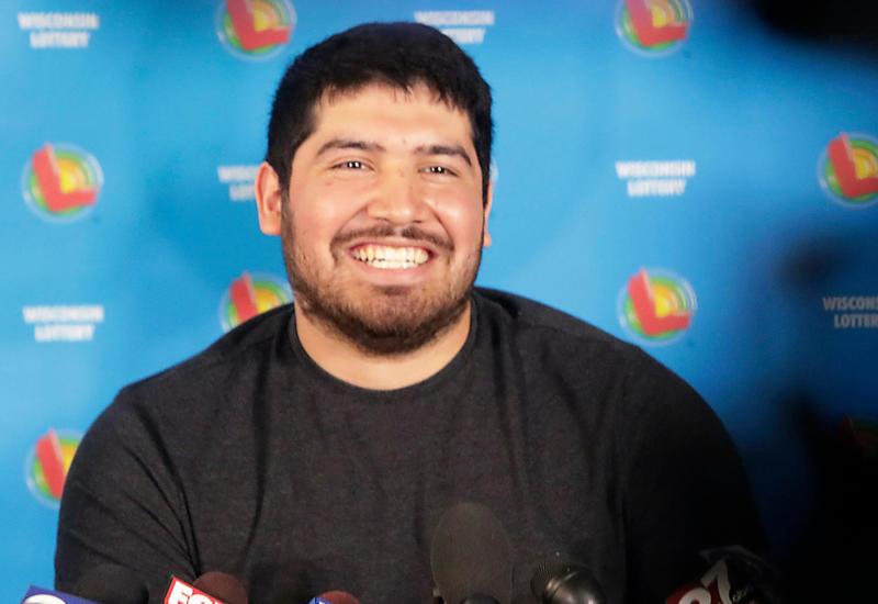 Азербайджанец выиграл крупную сумму в испанскую лотерею – как ему это удалось (R)