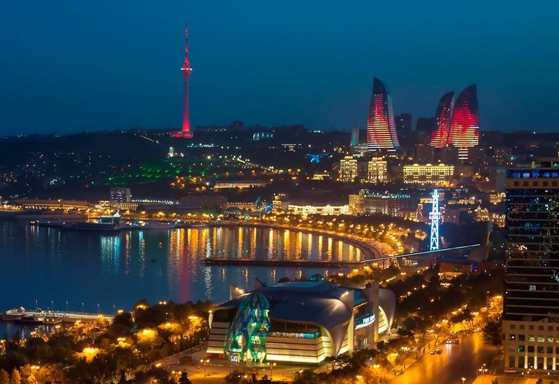Азербайджан в праздничные дни посетили сотни тысяч туристов