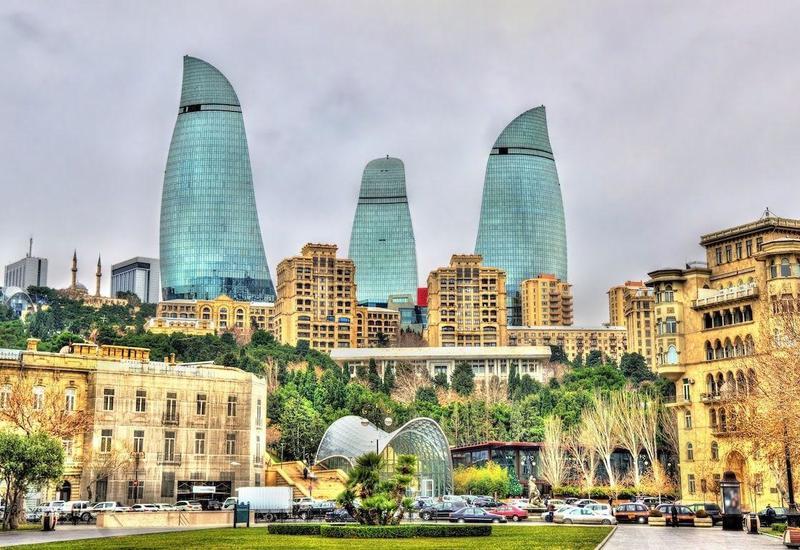 Баку впечатляет, это настоящий музей архитектуры