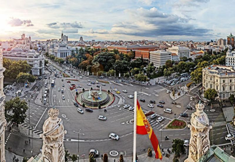 Новое правительство Испании принесло присягу