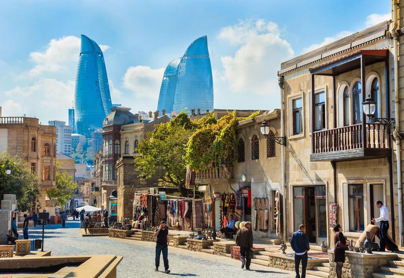 Яркий репортаж о Баку на крупнейшем индийском телеканале
