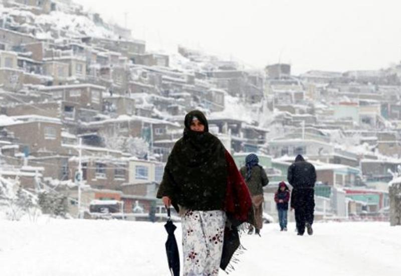 Ливни и снегопады в Пакистане унесли жизни не менее 14 человек