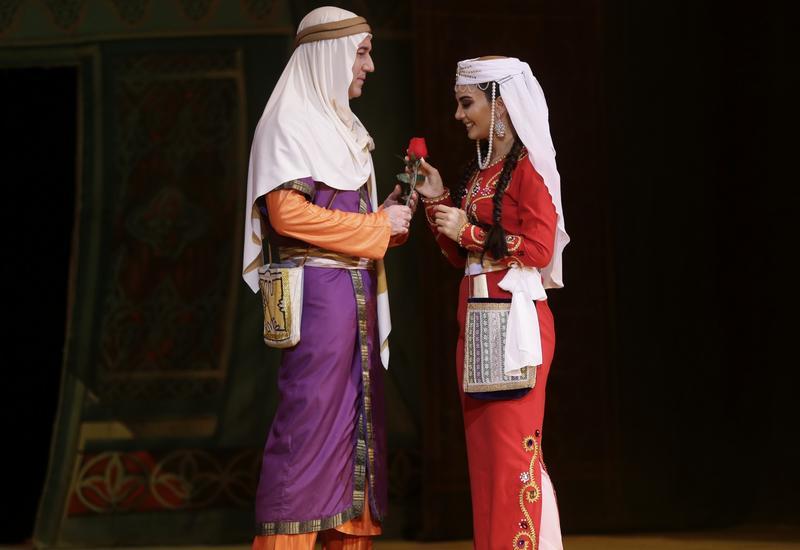 """В Театре оперы и балета с большим успехом прошел показ оперы """"Лейли и Меджнун"""""""