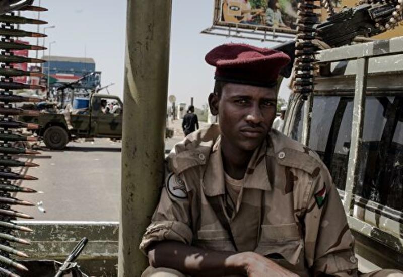 СМИ сообщили о возобновлении стрельбы в столице Судана