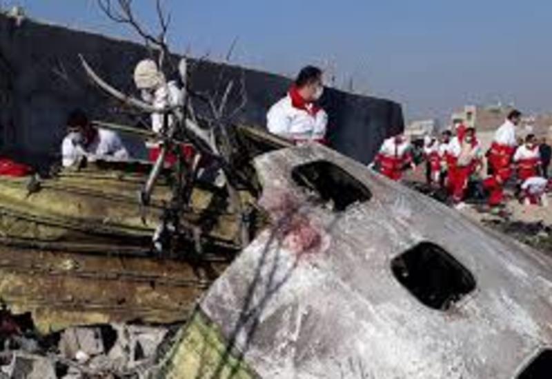Число опознанных пассажиров сбитого ВС Ирана самолета достигло 100