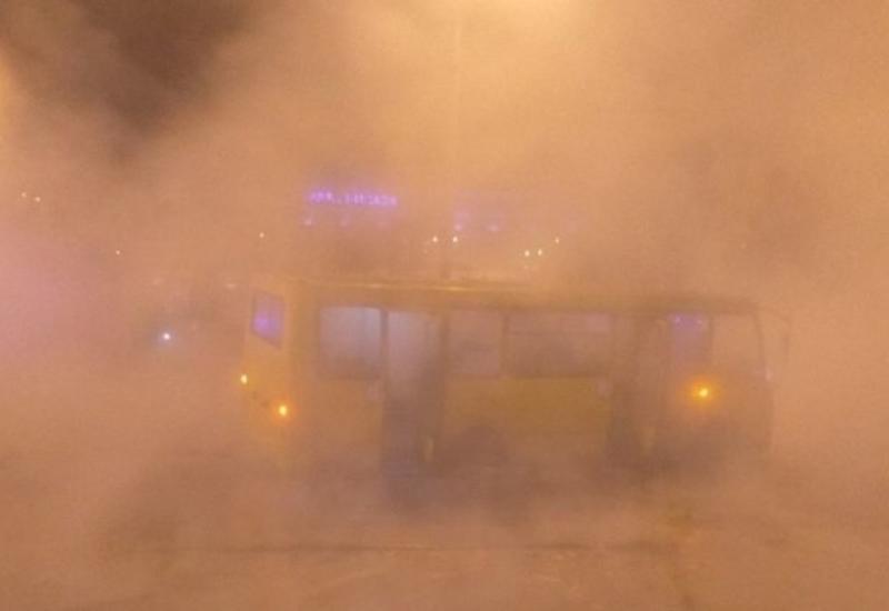 Девять человек получили ожоги в результате порыва теплосети в Киеве