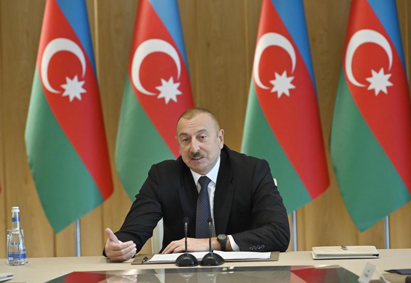Президент Ильхам Алиев: Азербайджан находится в высшей, а Армения – в третьей лиге, и эта разница постепенно будет увеличиваться