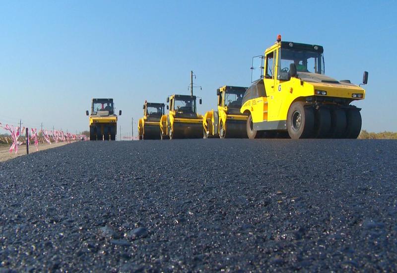 В Азербайджане отремонтировано свыше 1300 км автомобильных дорог