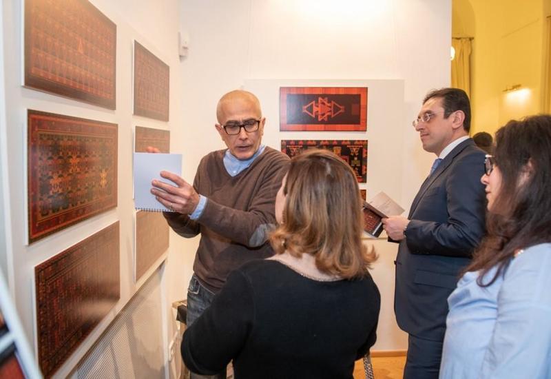 В Вене представили оригинальные азербайджанские ковры на актуальные темы