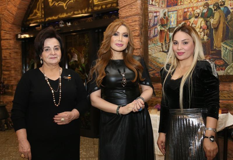 """Фахрия Халафова объединила женщин для благотворительного проекта """"Дарующие радость"""""""