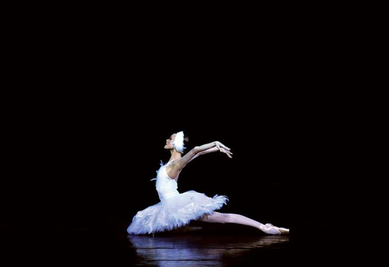 """Звезды российского балета выступят в спектакле """"Лебединое озеро"""" в Баку"""