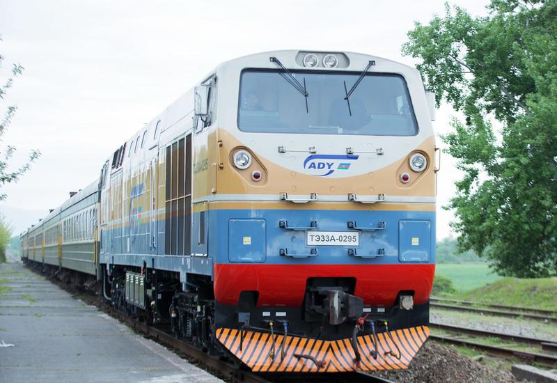 Азербайджанцы стали чаще пользоваться ж/д транспортом