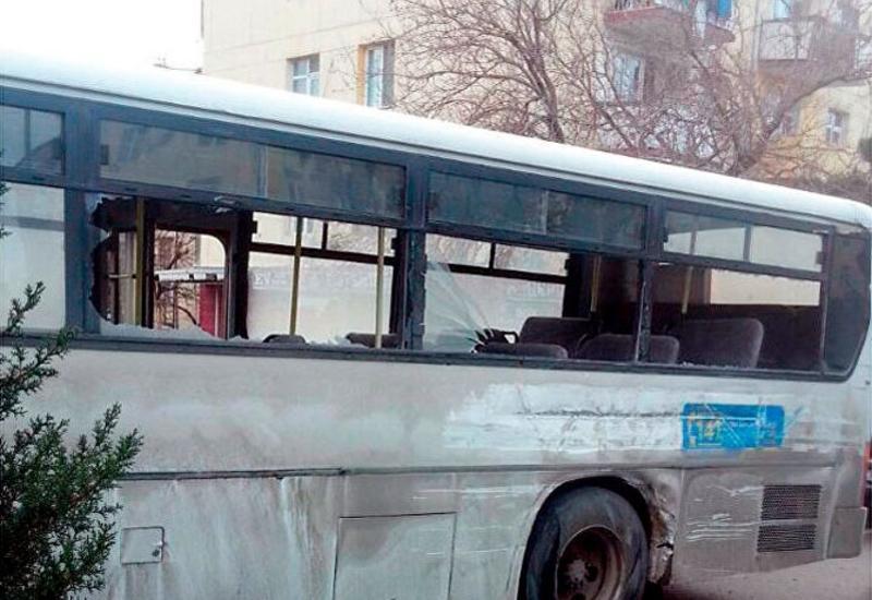 В Баку попал в аварию автобус со школьниками, есть пострадавшие