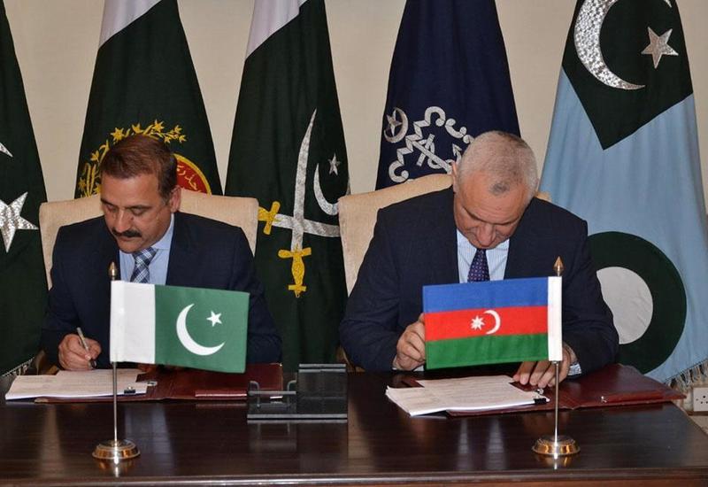 Азербайджан и Пакистан обсудили развитие военного сотрудничества