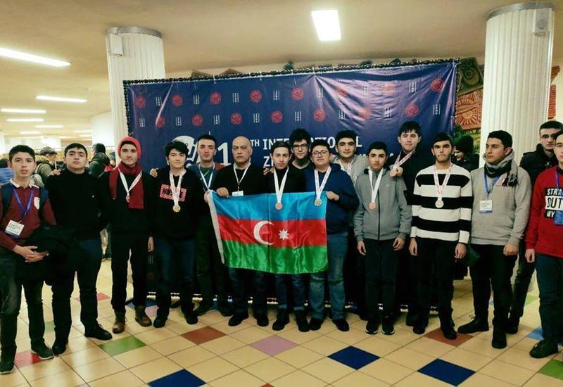 Очередной успех азербайджанских школьников на Международной Олимпиаде при поддержке Azercell (R)
