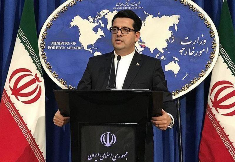 """МИД Ирана раскритиковал Макрона за """"неправильное"""" название Персидского залива"""