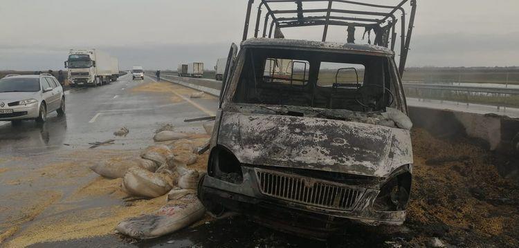Тяжелое ДТП в Лянкяране, один человек сгорел заживо