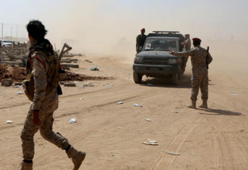 Хуситы атаковали лагерь йеменских военных