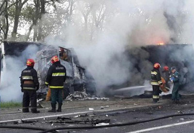 Azərbaycanda ağır qəza: Sürücü yanaraq öldü