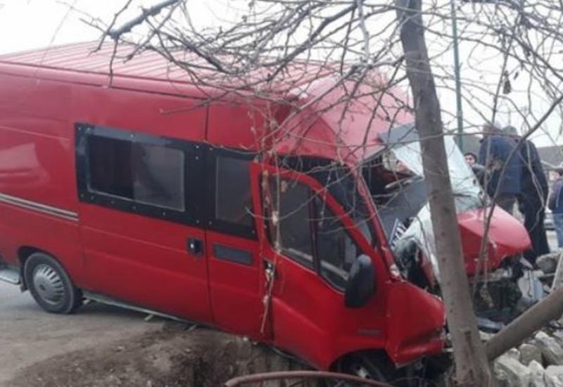 Тяжелая авария в Исмаиллы, есть погибший и пострадавшие