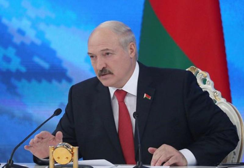 Беларусь готова покупать азербайджанскую нефть по мировым ценам