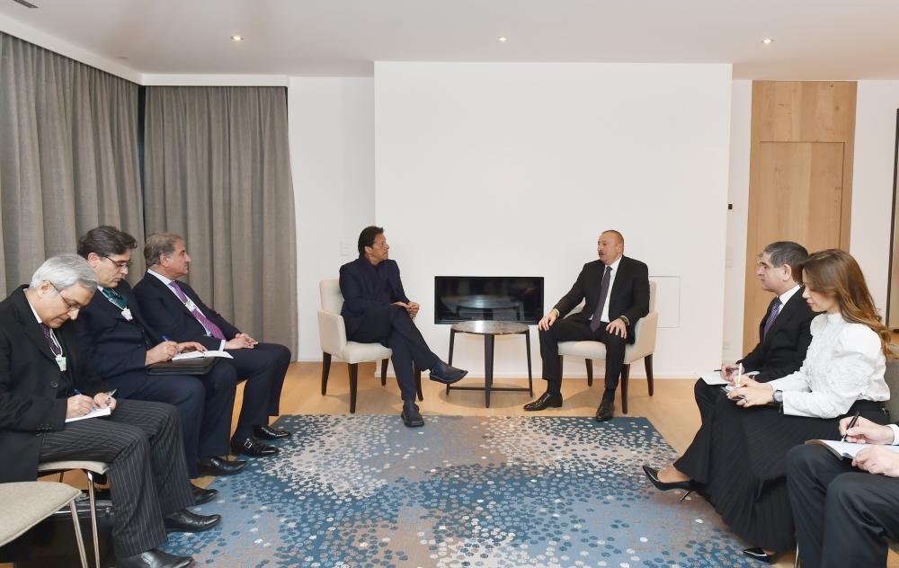 Президент Ильхам Алиев встретился в Давосе с премьер-министром Пакистана. Обсуждены вопросы двустороннего сотрудничества