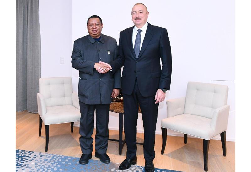 В Давосе состоялась встреча Президента Ильхама Алиева с генеральным секретарем ОПЕК Мохаммедом Баркиндо