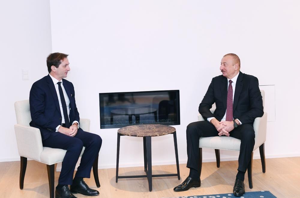 Генеральный исполнительный директор SUEZ Group проинформировал Президента Ильхама Алиева о проектах и перспективных программах, реализуемых ими в Азербайджане