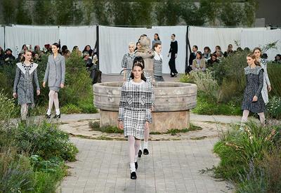 """Пасторальный мотив в новой коллекции Chanel Haute Couture <span class=""""color_red"""">- ФОТО</span>"""